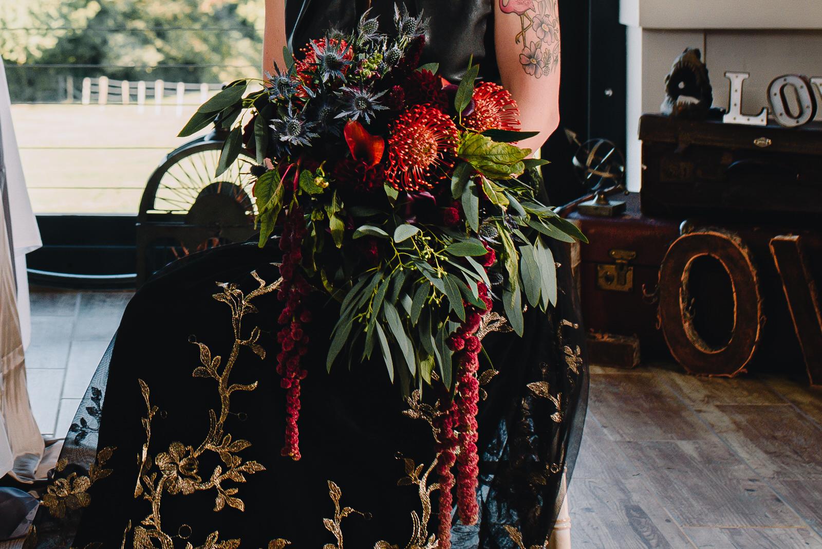 garden-weedon-industrial-bouquet-1